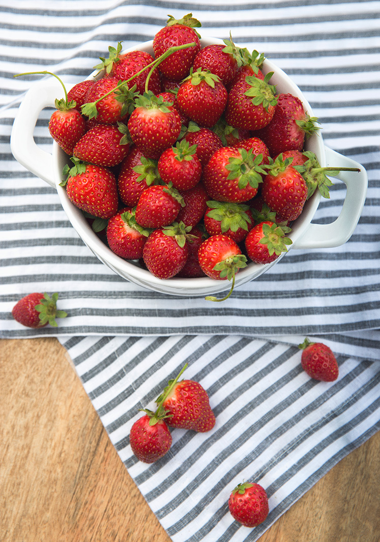 Strawberries_0080_web-v
